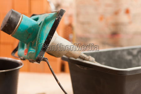 mix hand mixers into mortar