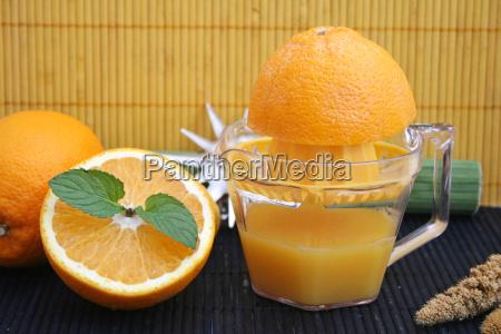 squeeze juice