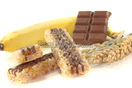 chocolate banana cereal bar