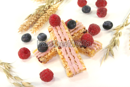 forest berry cereal bar