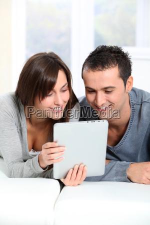 mujer portatil computadoras computadora ordenador ocio