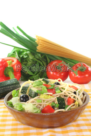 noodles paprika peppers spaghetti salad