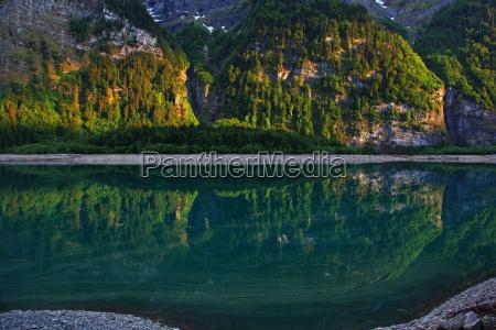 mountain lake in switzerland kloentalersee