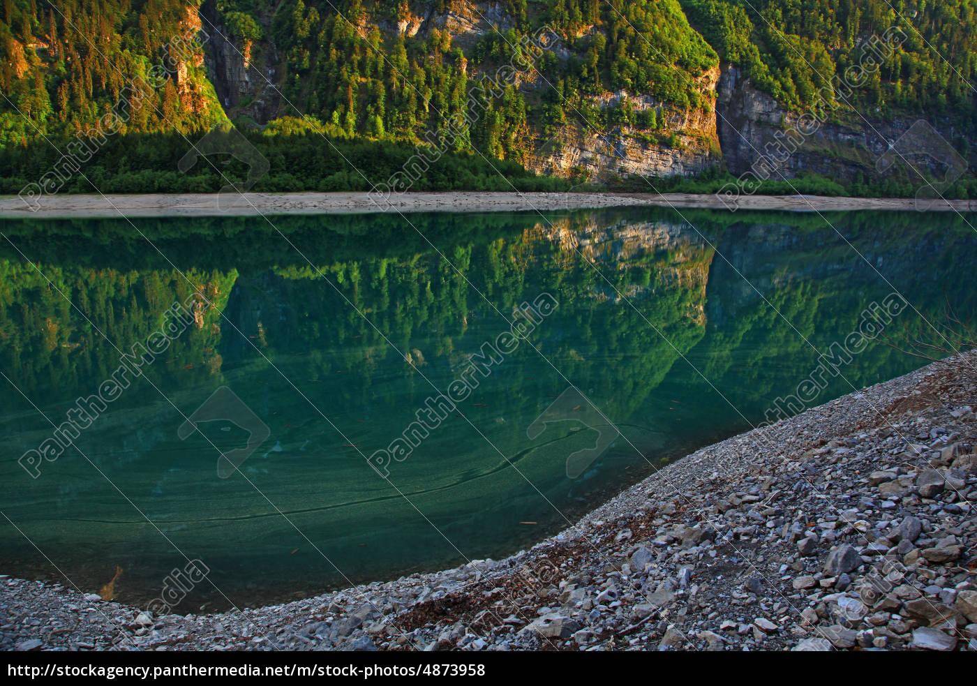 mountain, lake, in, switzerland, klöntalersee - 4873958