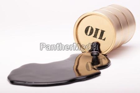 oil barrel gold 4