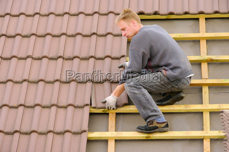 roof covering tile roof covering
