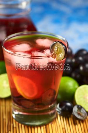 refreshing homemade red grape lemonade