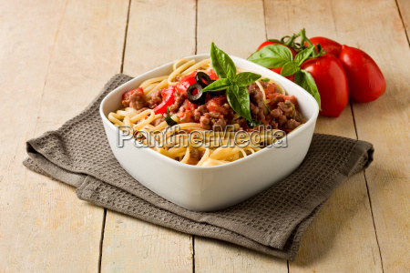 pasta with italian sausage meat sauce