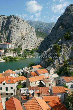 oms pirate town in croatia