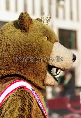 the heraldic animal of berlin bear