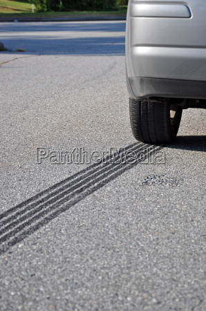 abs emergency braking tracks