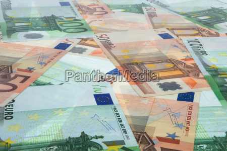 depth perspective of banknotes with consistent