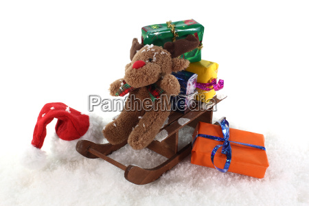 sleigh with gifts