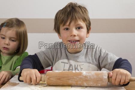 boy with nudelhoz