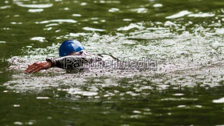 triathlete in swimming
