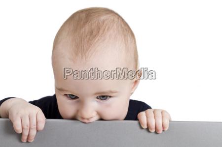 sinal opcional homem segurar crianca toddler