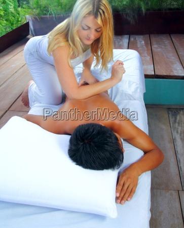 mayan massage paravertebral physiotherapy