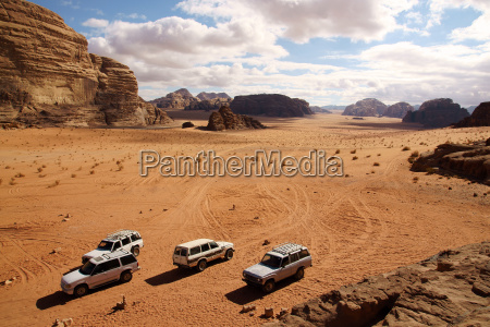 offroad advendure in wadi rum