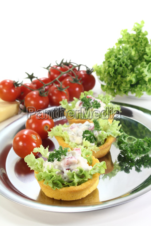 roasted corn basket with cheese salad