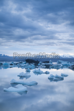 glacier in iceland ice