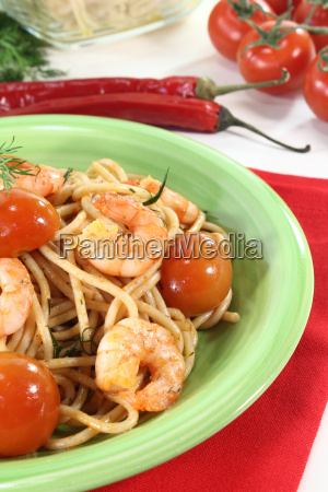 spaghetti with fresh shrimp