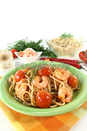 spaghetti with shrimp and dill