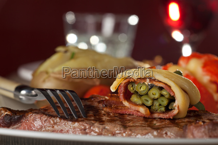 grilled sirloin steak with beans