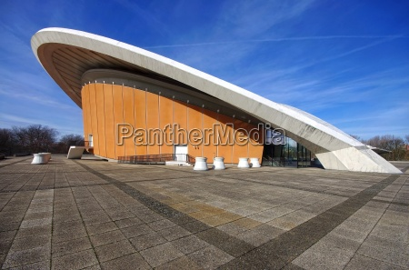 congress hall berlin pregnant oyster
