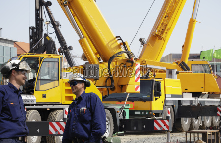 construction and mobile cranes