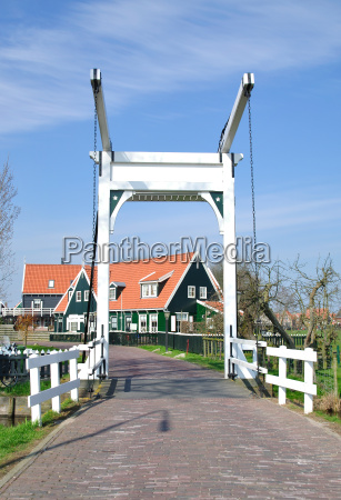 the picturesque tourist town on the