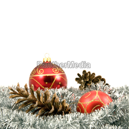 garland with pine cones and baubles