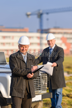 architect, man, make, notes, on, construction - 6777773