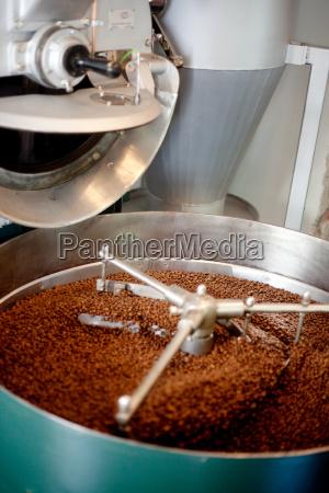 roasting coffee beans