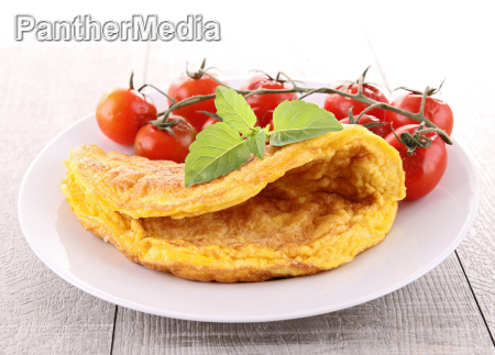 omelette and cherry tomato