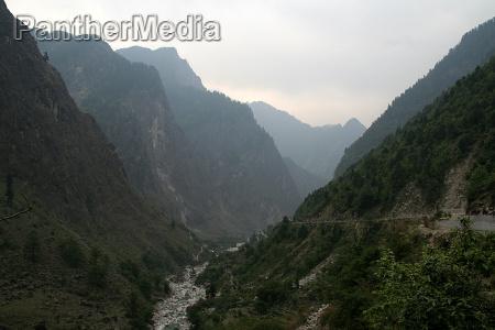 himalayan river valley
