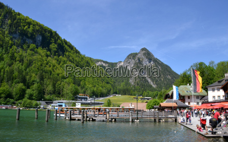 boats at the koenigssee