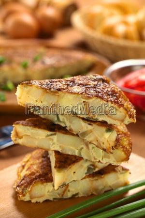 spanish tortilla omelet slices
