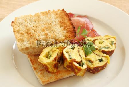 sliced rolled omelette