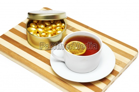 cup of tea with lemon and