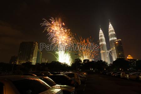 new year fireworks petronas towers kuala