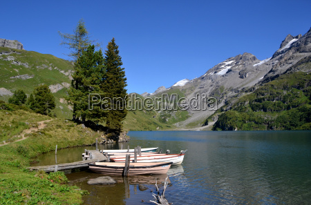 at the engstlensee