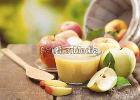 preparing apple puree or sauce