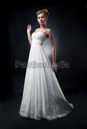 romantic pretty bride fashion model shows