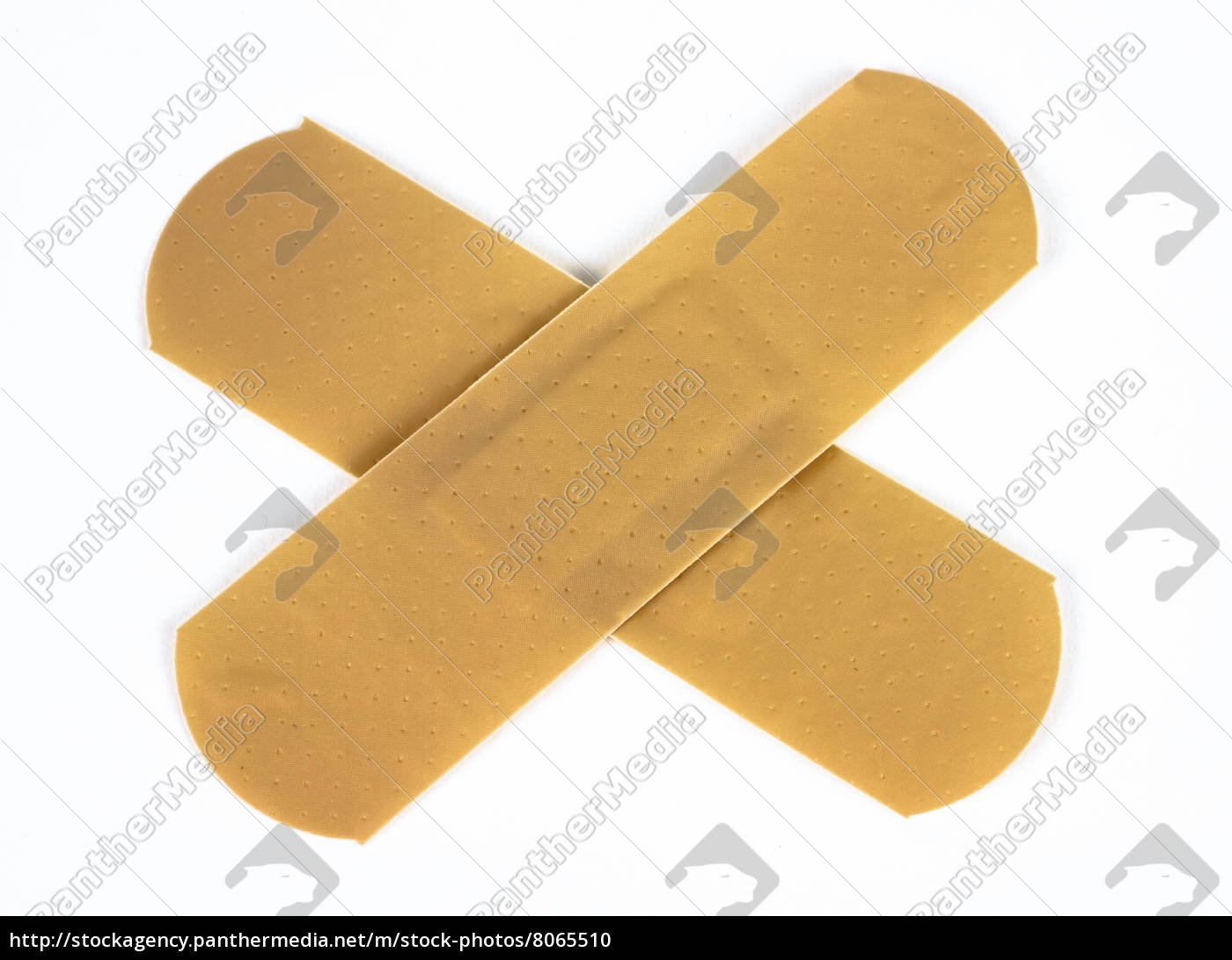 plasters, isolated - 8065510