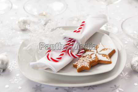 place setting in white for christmas