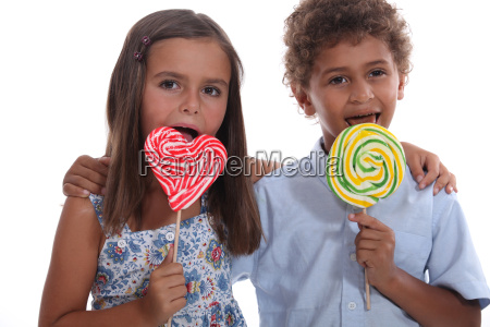children with lollipops