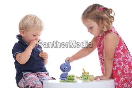 kids at tea party
