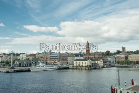 suecia puerto costa escandinavia carga barco