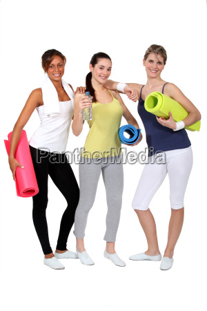 young women ready for their gym