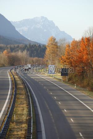 highway and zugspitze